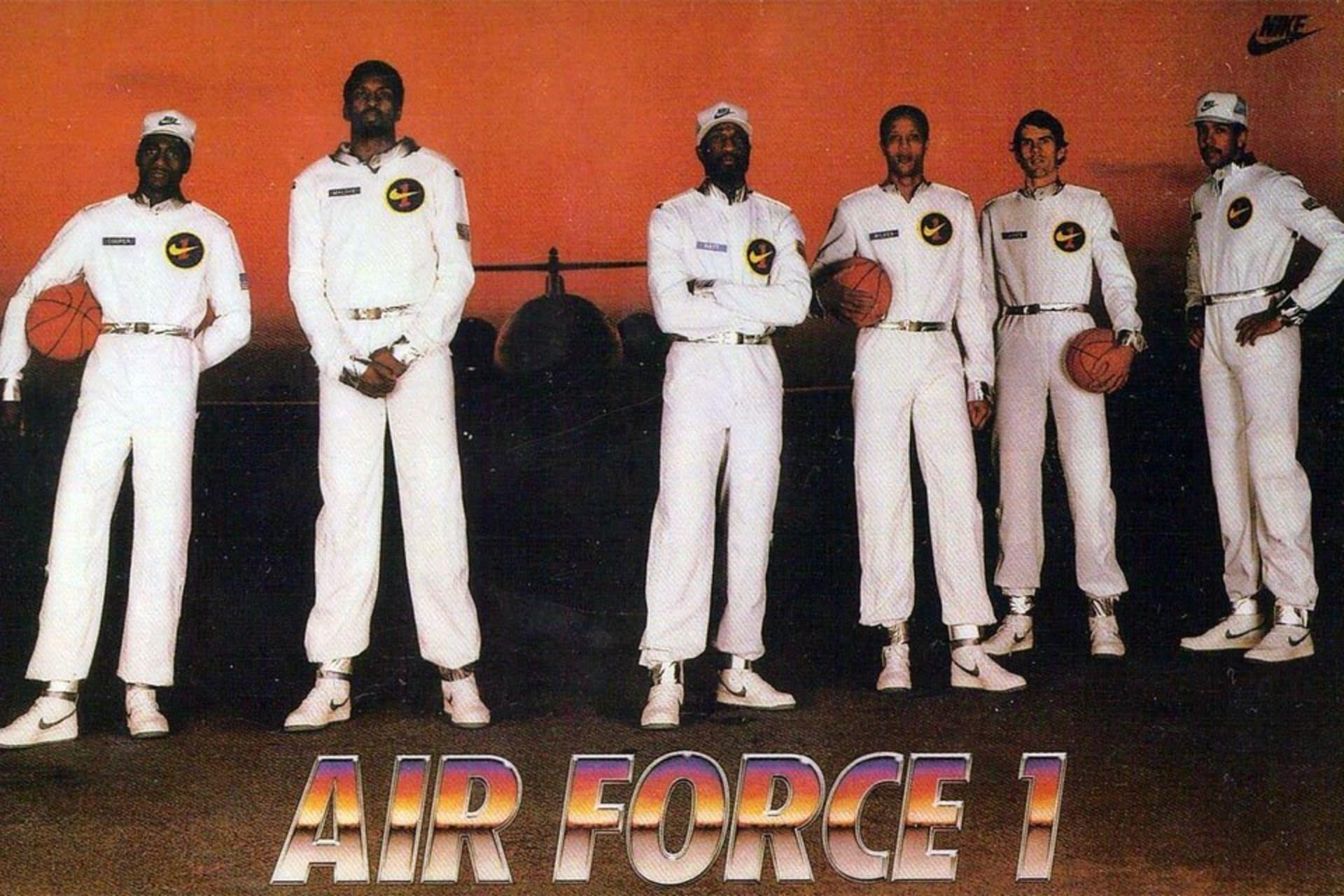 Nike Air Force 1 - 1982